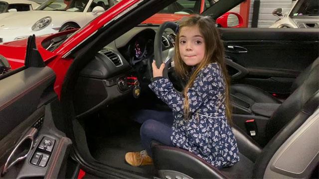Youtubeuse automobile